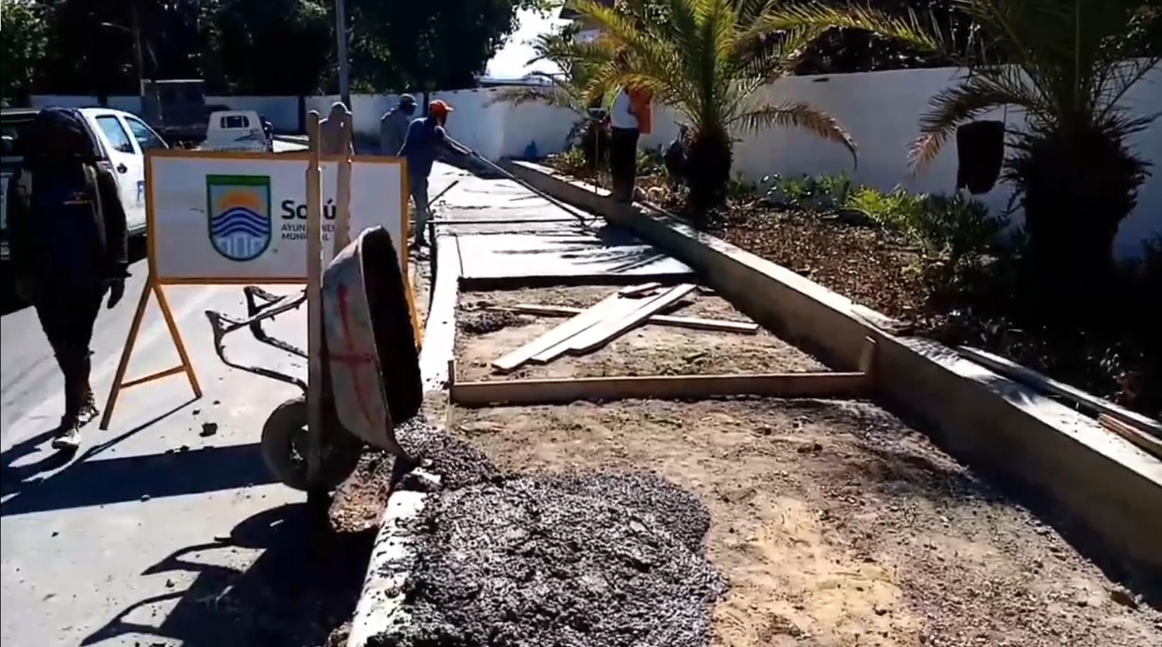 Alcalde Wilfredo Olivences no se detiene trabajando las aceras y contenes
