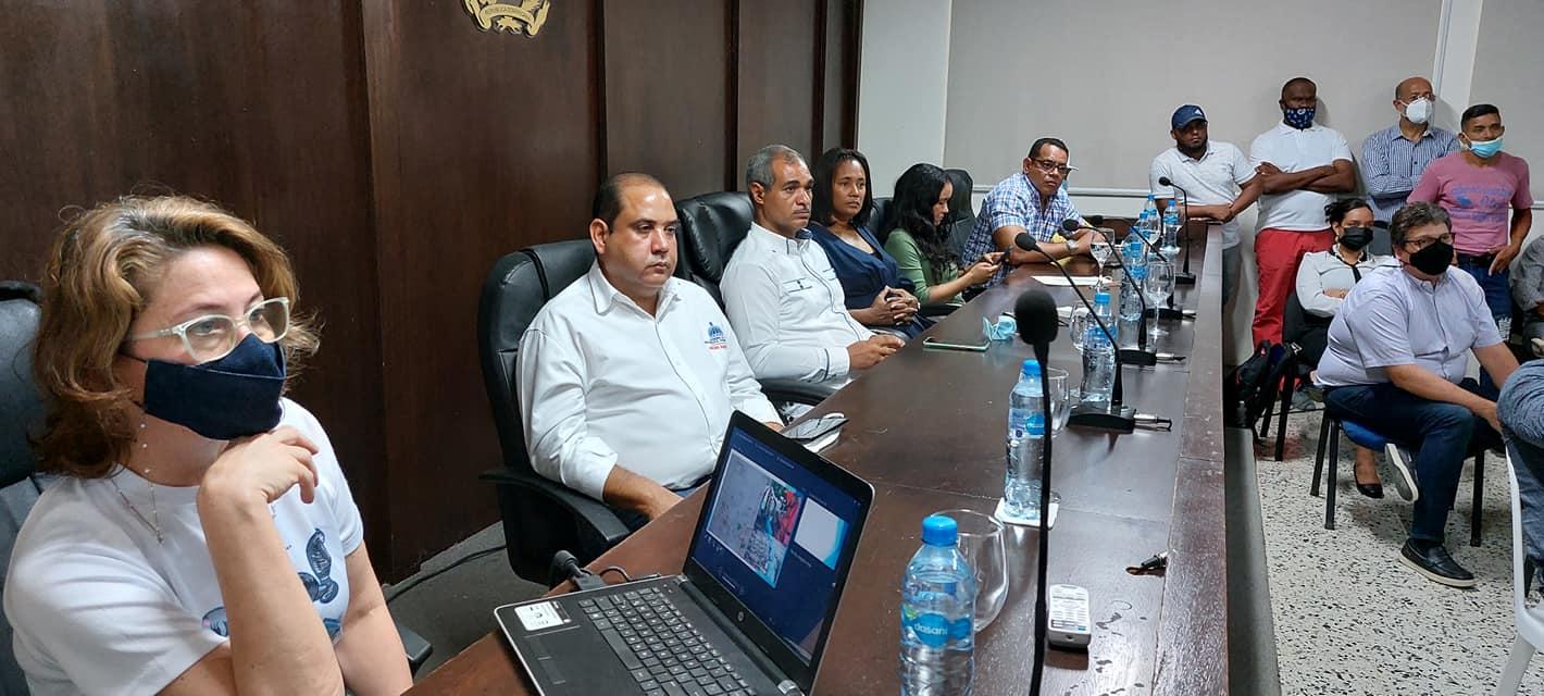 Ayuntamiento apoya junto a autoridades ambientales apoya plan para fortalecer el medio ambiente en el municipio.